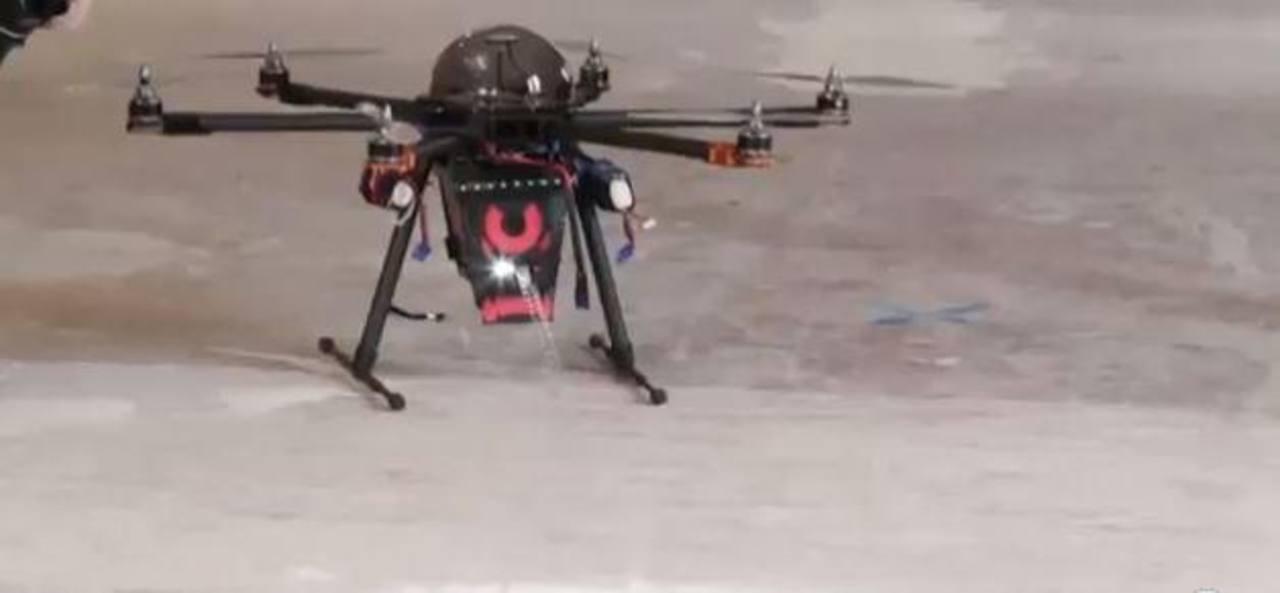 Video: CUPID, el drone capaz de aturdir delincuentes al lanzar descargas de 80 mil voltios