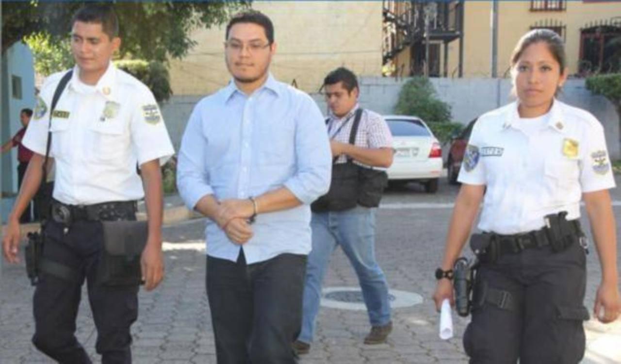 Recupera libertad acusado de matar a 3 personas en accidente en redondel Masferrer