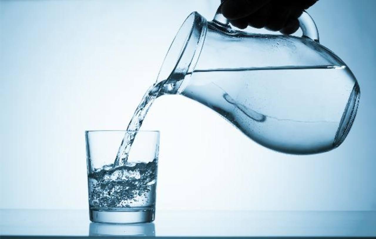 Agua, el combustible que mueve tu cuerpo