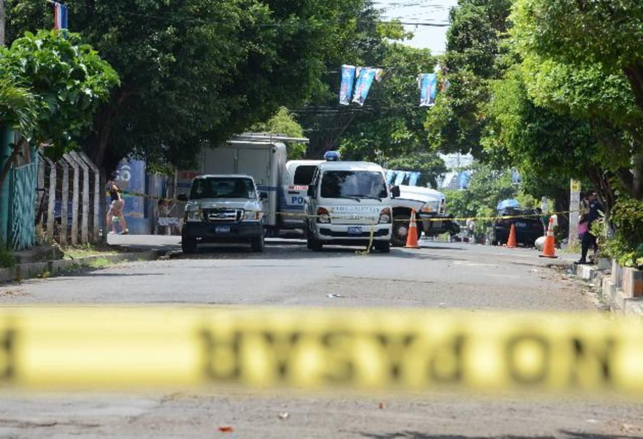 La pareja de esposos fue asesinada en su vivienda en la colonia San Miguelito, en Sonzacate, Sonsonate. Fotos EDH / M. Cáceres