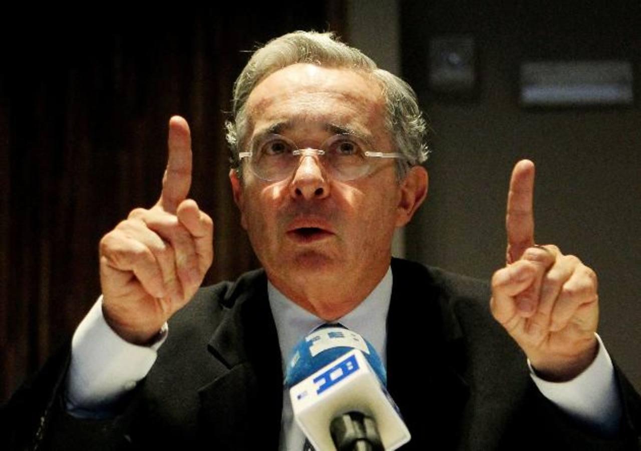 Álvaro Uribe dijo ayer que sí fue espiado, Washington puede publicar el contenido de las informaciones obtenidas porque él no tiene nada que ocultar. Foto EDH / Archivo