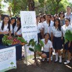 Escuela Verde seguirá creando espacios para mejorar alimentación en menores