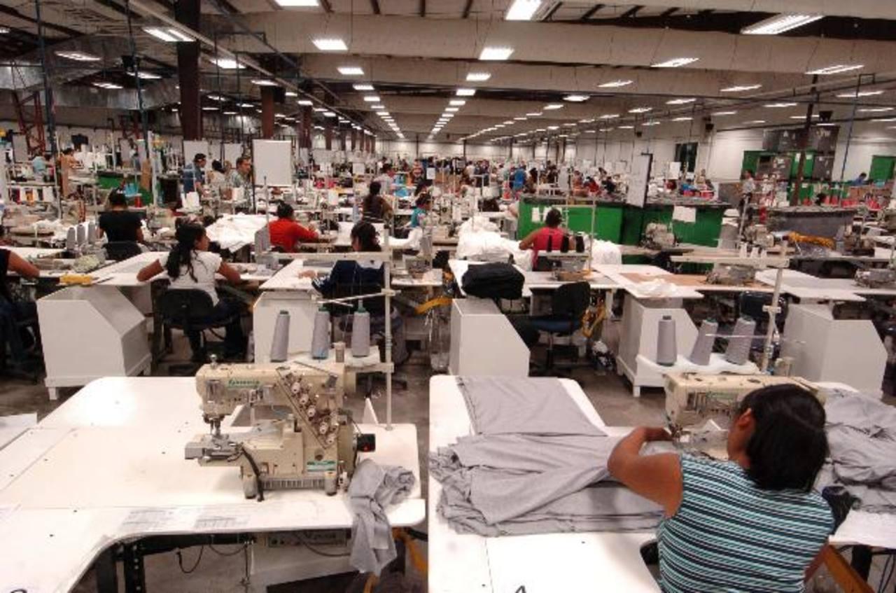 Honduras está lista para recibir empresas salvadoreñas, si éstas deciden irse. foto edh/ archivo