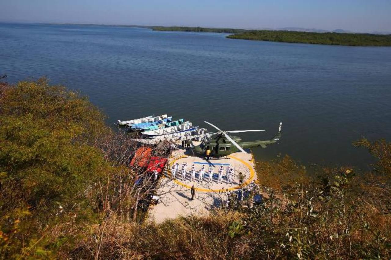 El gobierno hondureño inauguró días atrás el helipuerto construido en la isla Conejo.