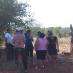 Autoridades mantienen acordonada la zona mientras inician las labores de excavación para recuperar los cadáveres. Foto vía Twitter Insy Mendoza