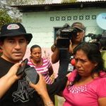 El salvadoreño visitó a Roselia Rosas, madre de Ezequiel, en El Fortín de Pijijiapan, Chiapas, México.