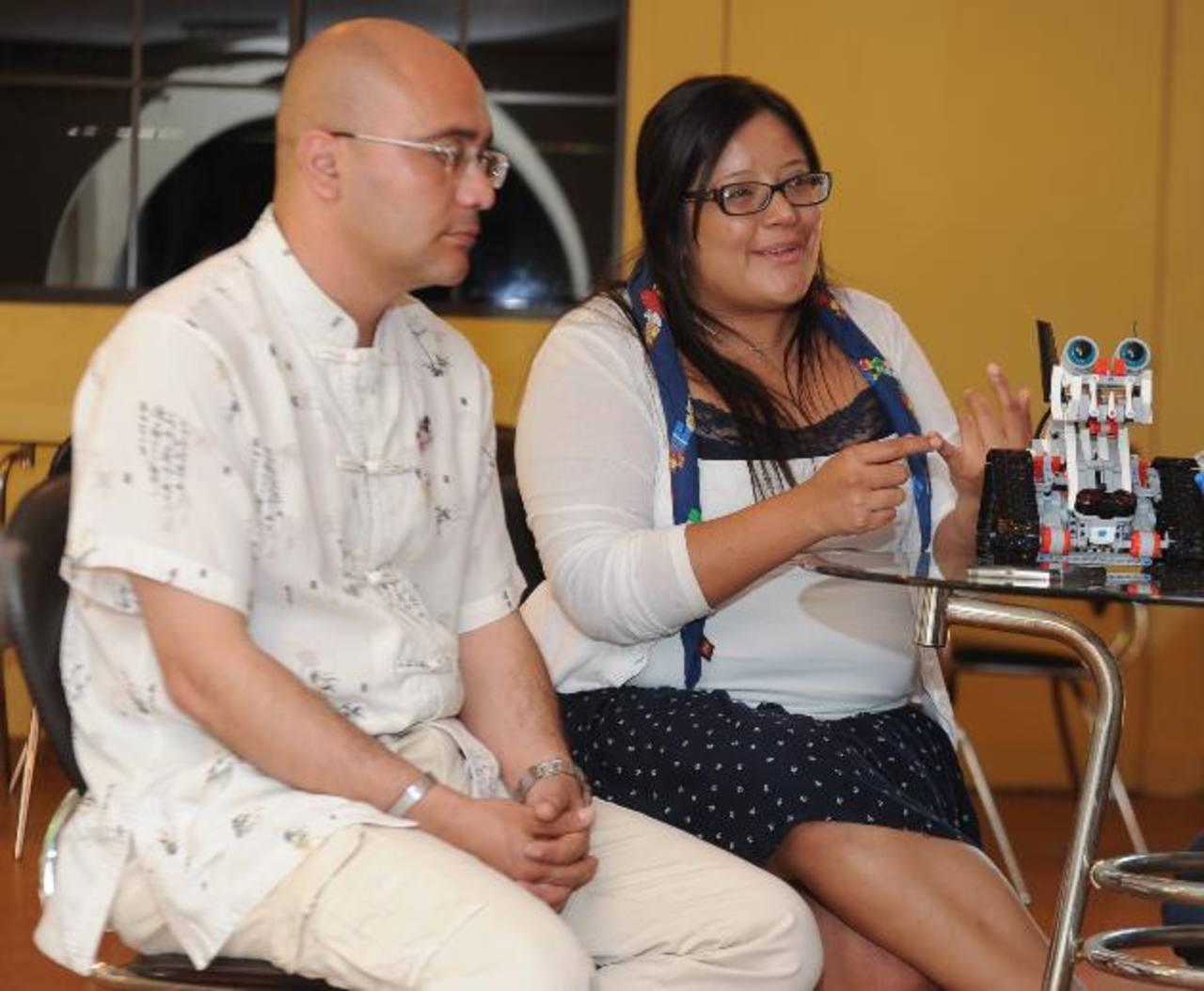 Expertos mexicanos ofrecieron una capacitación a docentes del país sobre cómo funciona y los beneficios Lego Education.