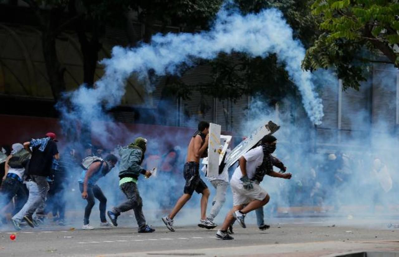 Por la noche, en el este de Caracas, la Guardia Bolivariana dispersó algunas protestas.