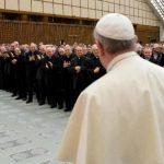 Francisco formuló el anuncio el jueves en una reunión informal con sacerdotes romanos acerca de la necesidad de ser compasivo con los fieles. Foto/ AP