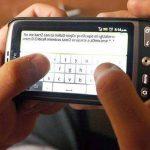 """El estudio determina que """"la práctica de los SMS o mensajes de textos no tiene influencia en la ortografía de los estudiantes"""". Foto tomada de internet"""