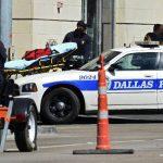 La policía acordonó la zona después del tiroteo. foto EDH / EFE