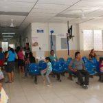 Las unidades médicas San Carlos y San Carlos Borromeo reciben pacientes que no atienden en el hospital. Foto edh / Insy Mendoza
