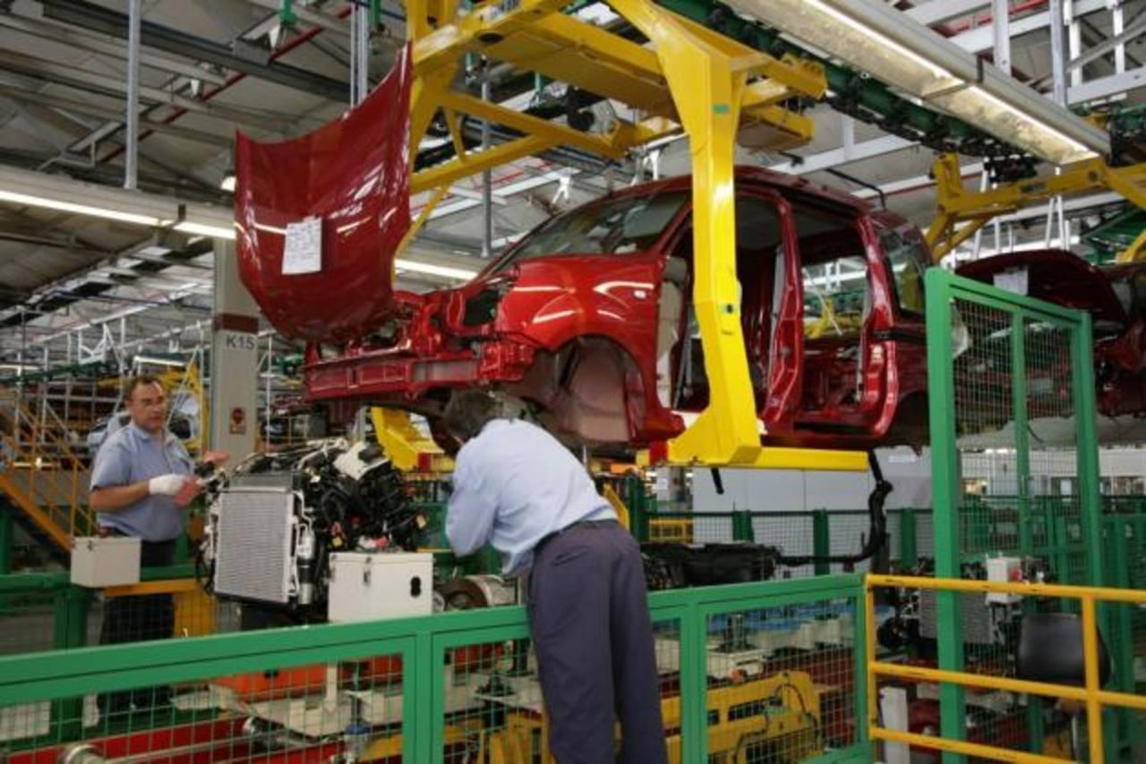 Argentina tuvo menor producción industrial afectada por sector automotriz. foto edh /Archivo