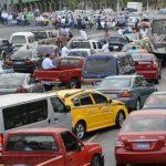 La congestión vehicular se inició a las 7:14 a.m. y también ocasionó tráfico lento en arterias aledañas. Fotos EDH / Mauricio Cáceres