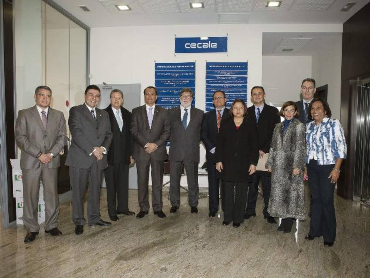 Valladolid acogió un foro empresarial con funcionarios de C.A.