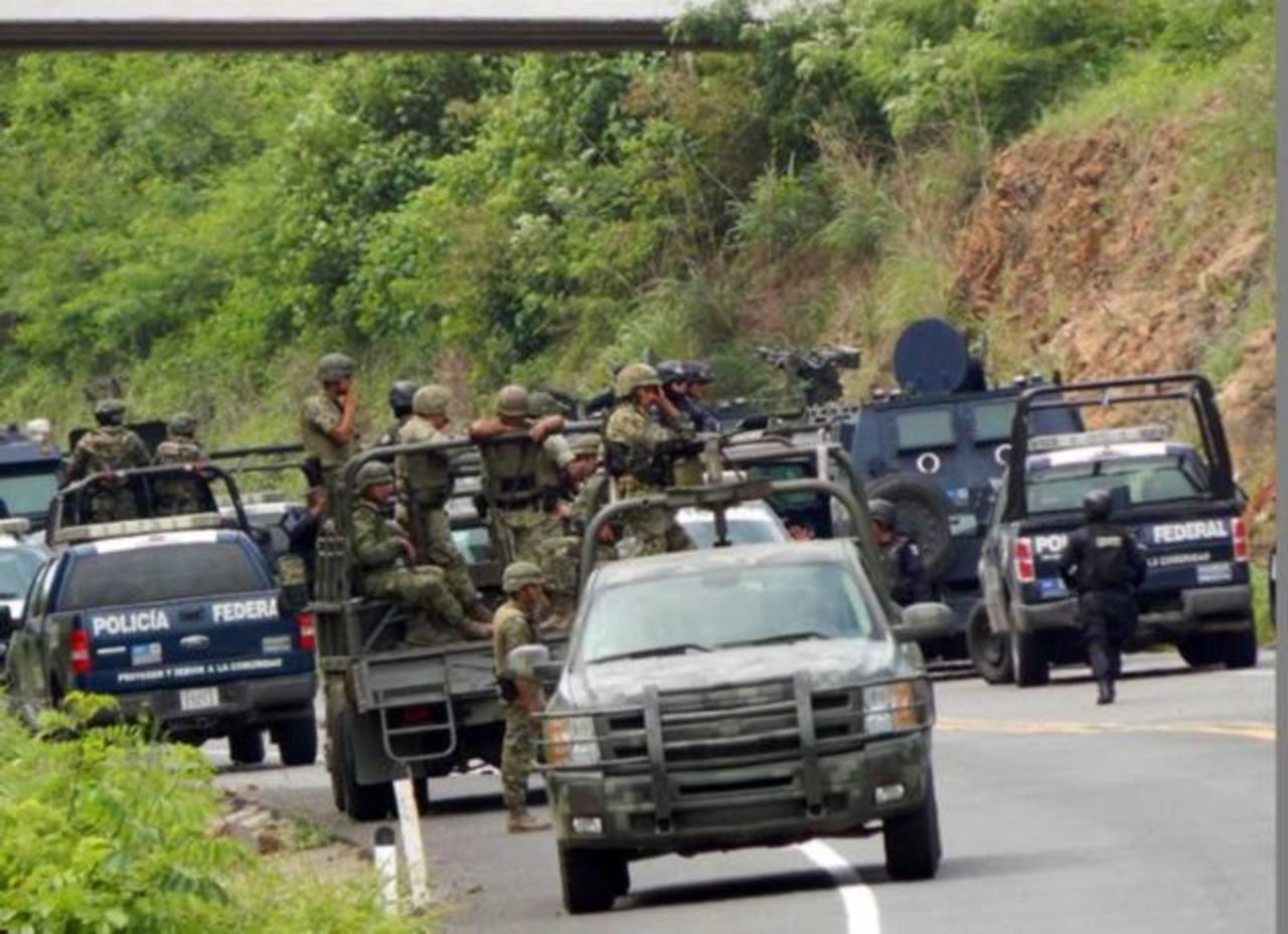 Las autoridades afirman que la Marina, la Policía Federal y el Ejército se mantendrán en Michoacán. foto edh / internet