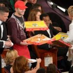 Repartidor de pizza en la entrega de premios Oscar 2014.