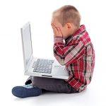 Cuidado con lo que sus hijos ven en internet