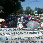 Grupos ambientalistas marcharon rumbo a la Asamblea Legislativa.