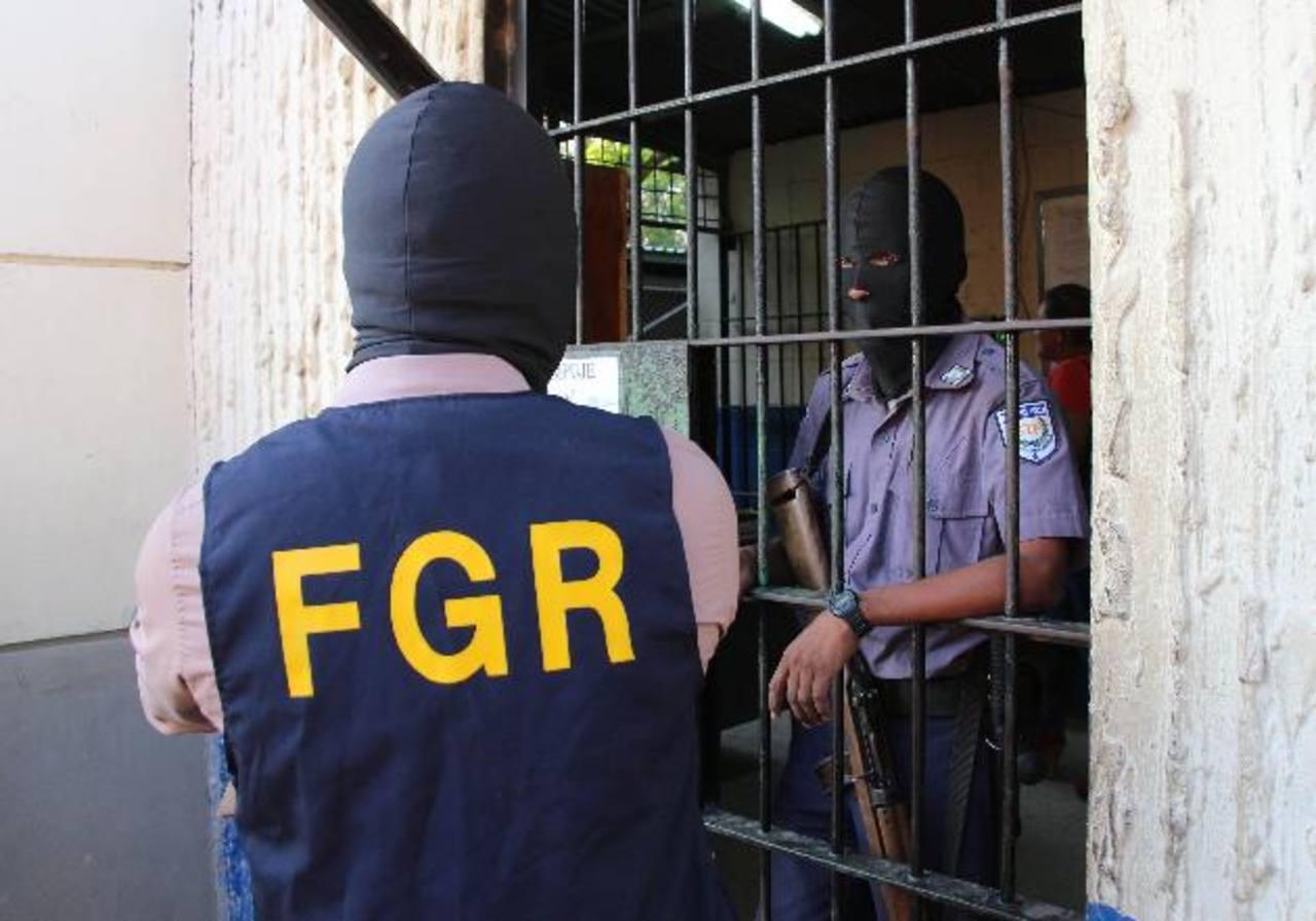 Los ilícitos fueron entregados al Ministerio Público para su investigación. Foto EDH / Archivo