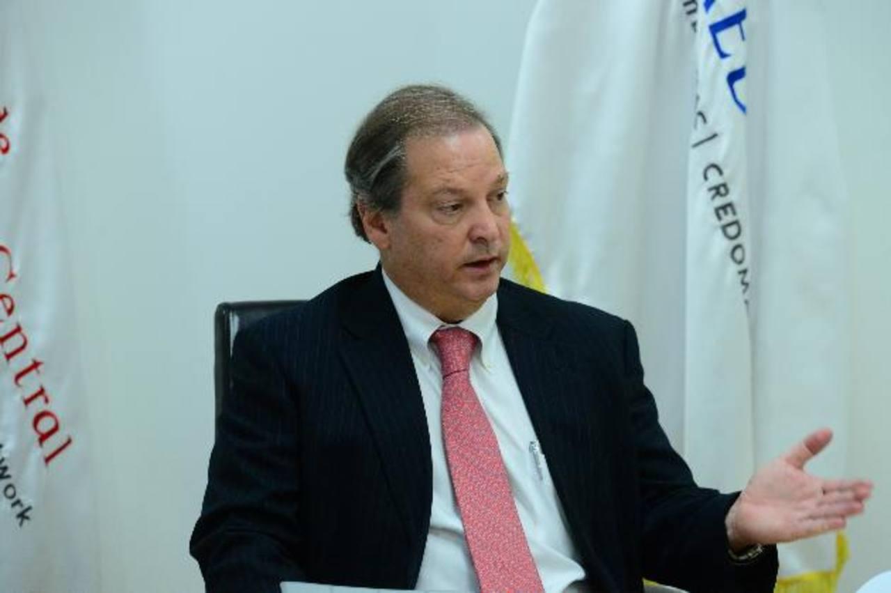 Raúl Cardenal, presidente de Banco de América Central, dice que esperan crecer 10 % este año.