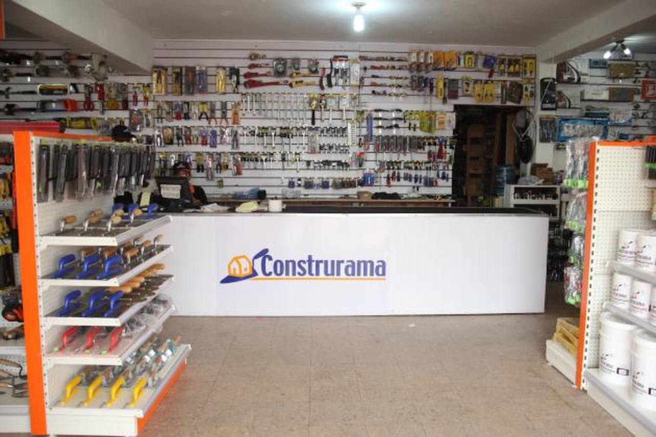 El concepto de Construrama pretende impulsar negocios de pequeña y mediana escala para empujar la industria de la construcción y las ferreterías. foto EDH / ARCHIVO