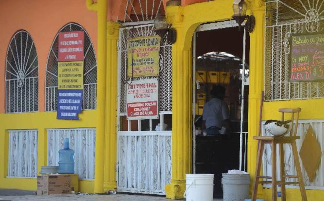 El restaurante está ubicado sobre la alameda Juan Pablo II, San Salvador. Foto EDH / Jaime Anaya.