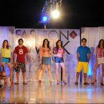 En este Fashion Show, los atuendos de pasarela serán acordes al ambiente veranero.