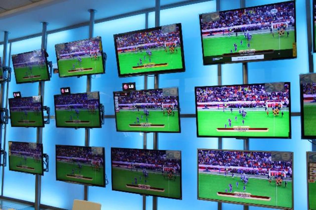 La Curacao ofrece lo mejor en televisores de gran calidad. Foto EDH / mario Díaz