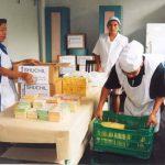 Las pequeñas empresas resienten los efectos de la inseguridad y las extorsiones a sus negocios. Foto EDH / archivo