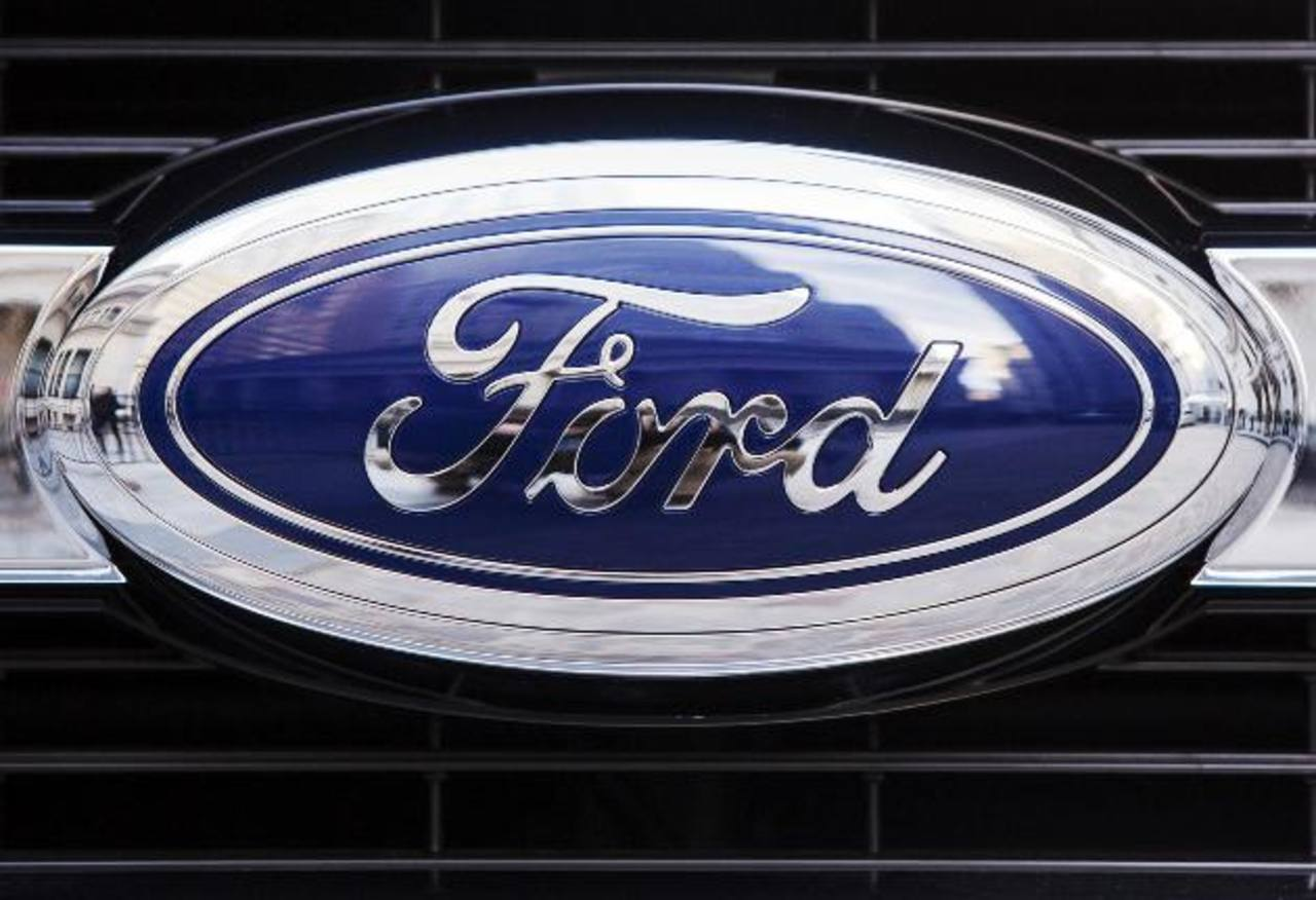 Ford gana un 38% menos por los costes de reestructuración,Motor- transporte-reseñas motor Las ganancias de la firma cayeron un 39 por ciento a 989 millones de dólares, o 24 centavos de dólar por acción, desde los 1.610 millones de dólares, o 40 centa