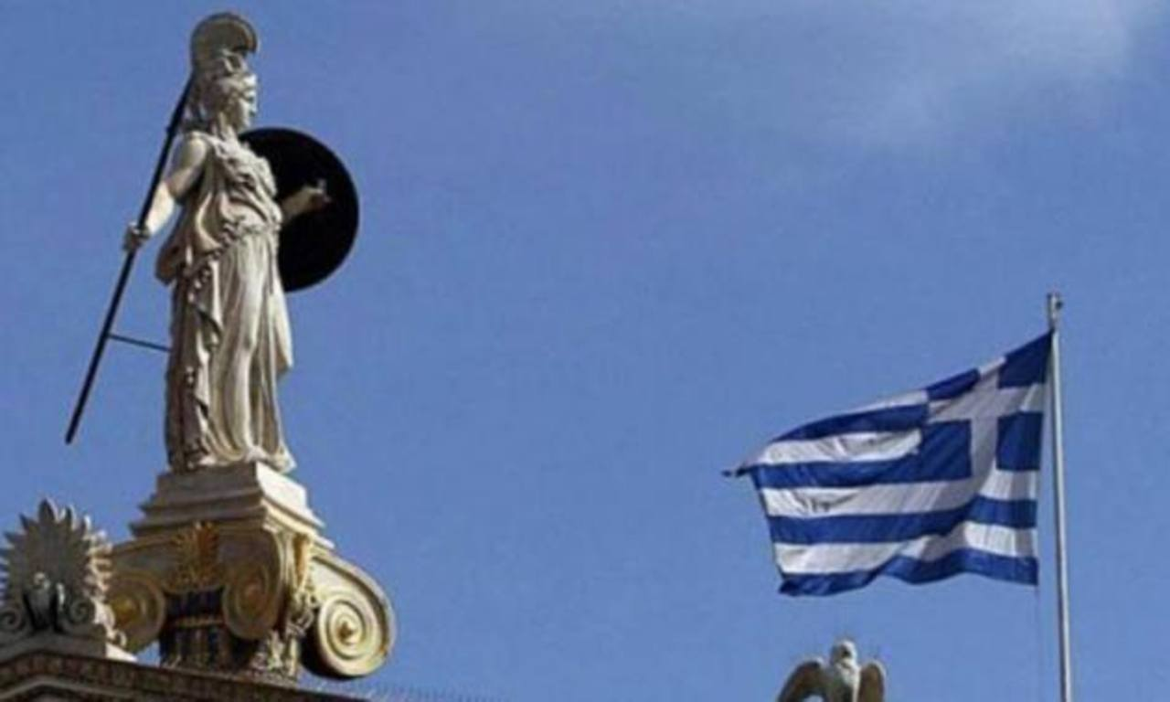 El país enfrenta una brecha de financiamiento de 5,500 millones de euros (7,600 millones de dólares) hasta fines de mayo del 2015, según el informe.