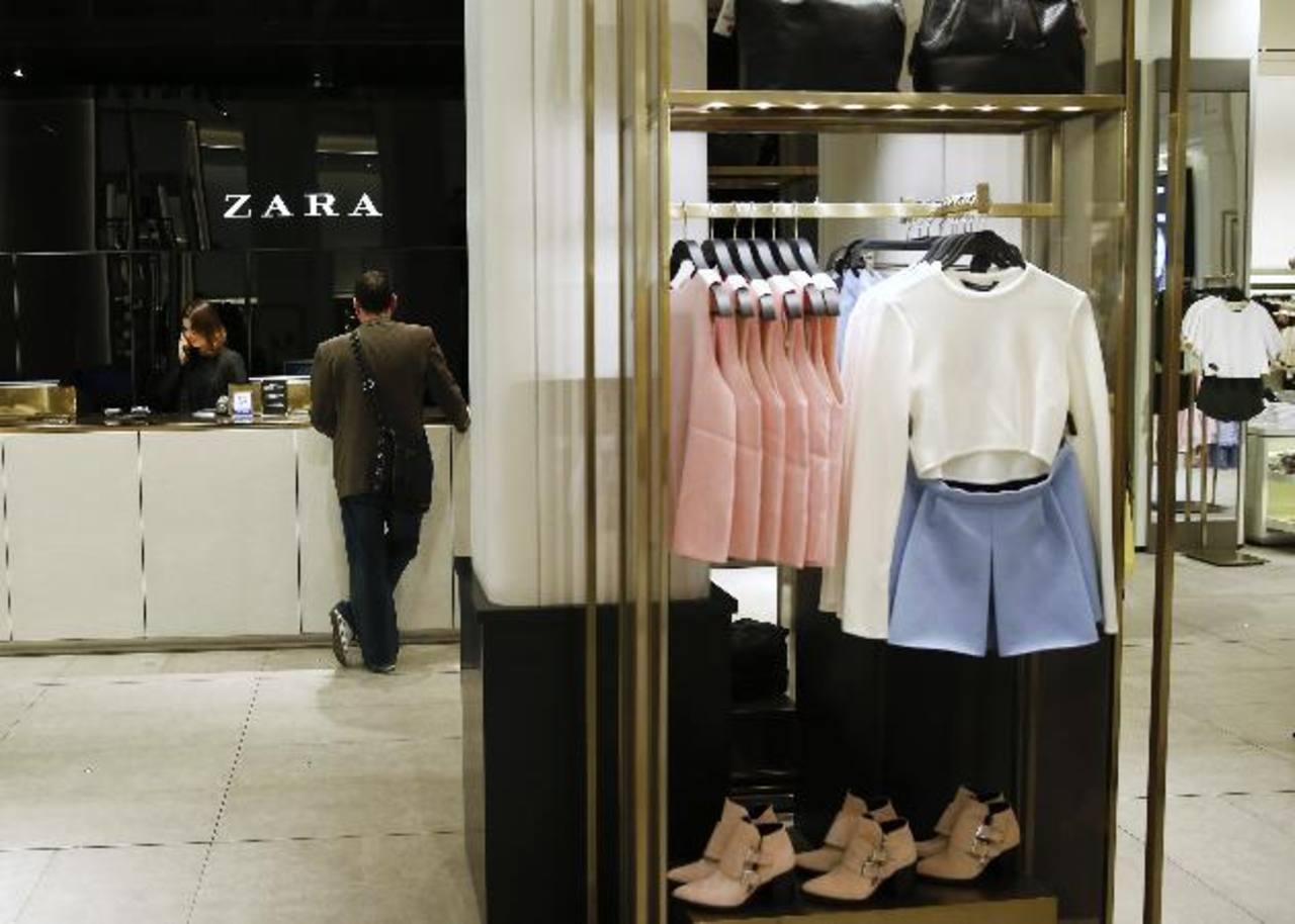 Inditex dijo que abrió 331 tiendas netas para cerrar el año con una red de 6.340 puntos de venta en 87 mercados.