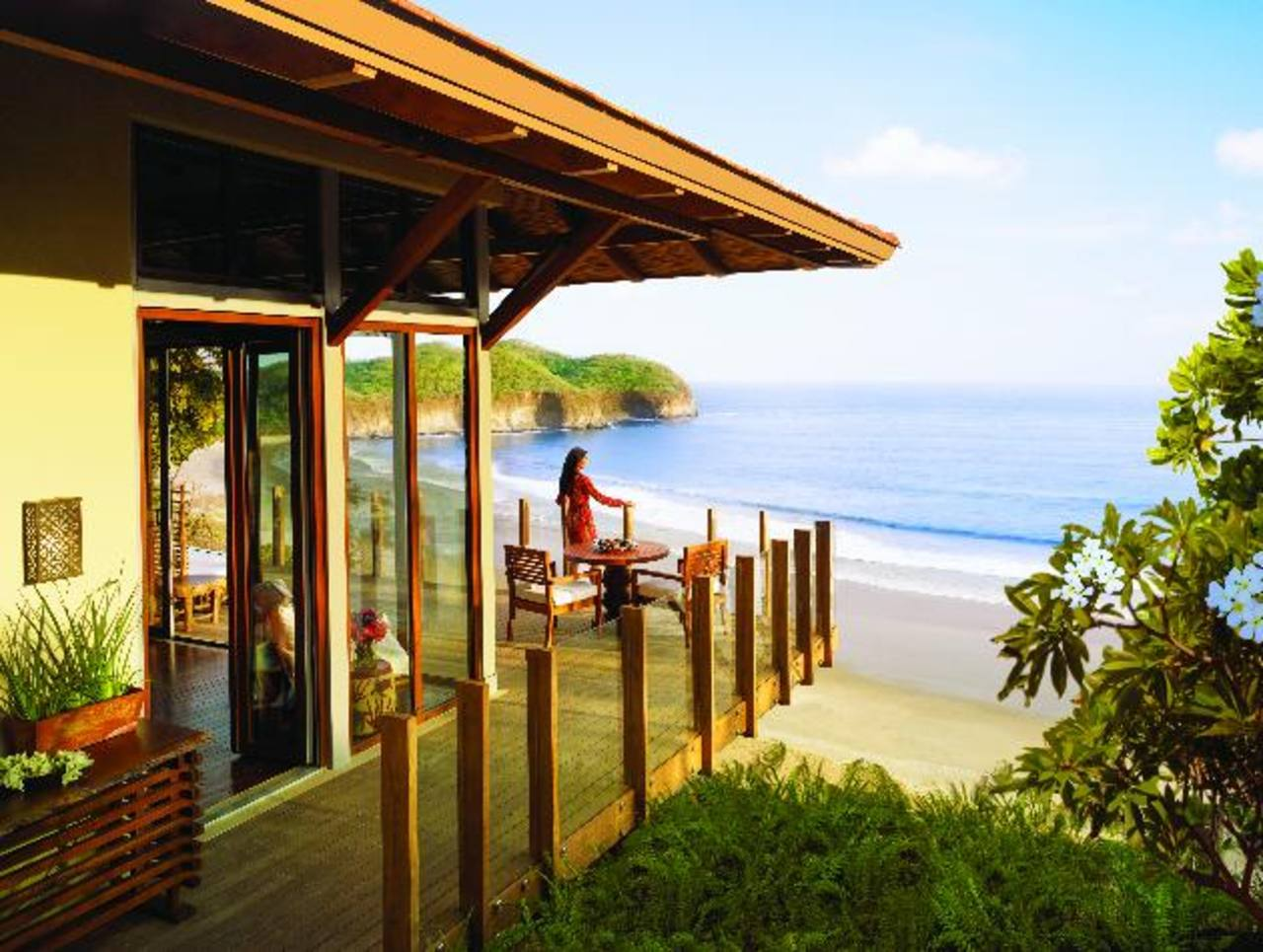 Una vista impresionante desde una de las villas del Mukul Beach, Golf & Spa. Un auténtico imán para turistas de gustos refinados.