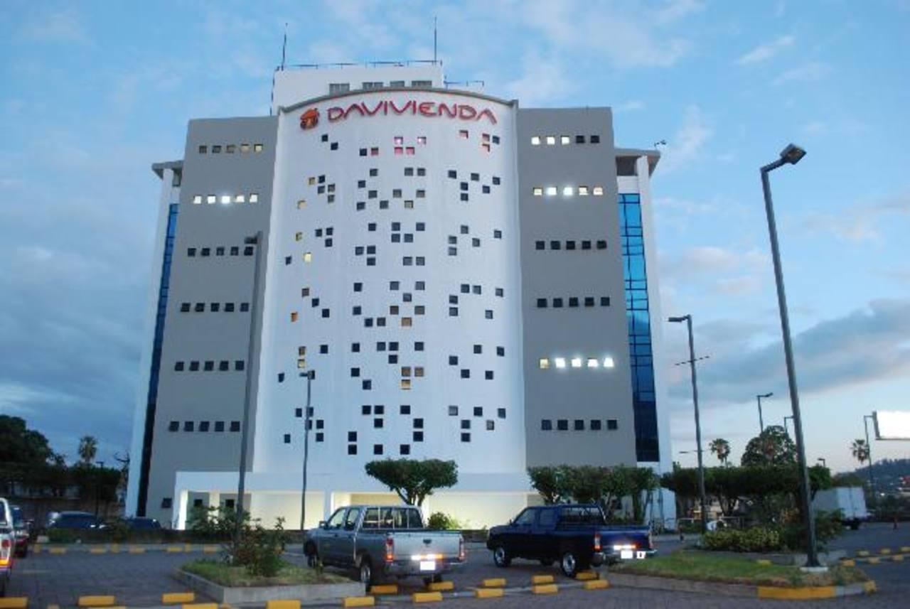 Banco Davivienda de El Salvador ha sido evaluado por la calificadora Fitch con perspectiva estable. FOTO cortesía