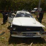 El motorista Adrián Mendoza, de 70 años, perdió el control tras la explosión de una llanta. Foto EDH/ ericka chávez