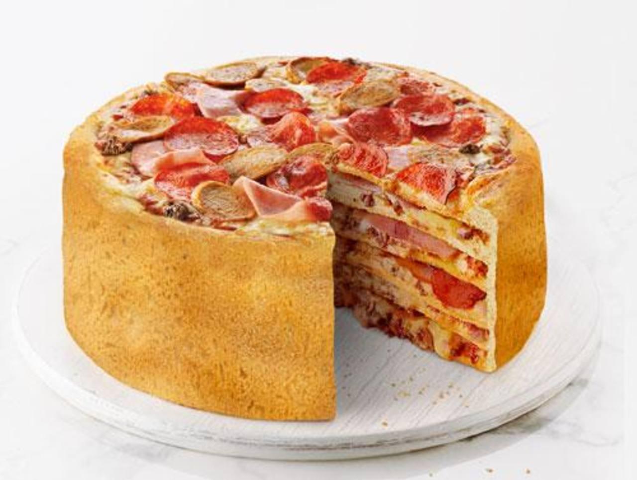 """Restaurante canadiense crea la """"Pizza Pastel"""""""