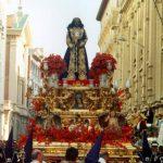 Cofradía pasea por las calles de Madrid durante la Semana Santa. Foto tomada de Internet