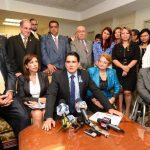 La bancada tricolor ya no se reunirá más con el equipo de transición de gobierno por petición de desafuero para d'Aubuisson y De Escobar. Foto EDH / Jorge reyes