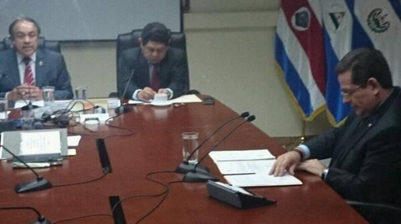 Jorge Velado en la Asamblea Legislativa. FOTO EDH Eugenia Velásquez.