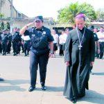 Monseñor lamentó la violencia que vive el país e invitó a trabajar por el perdón y reconciliación. Foto EDH / M. GUEVARA