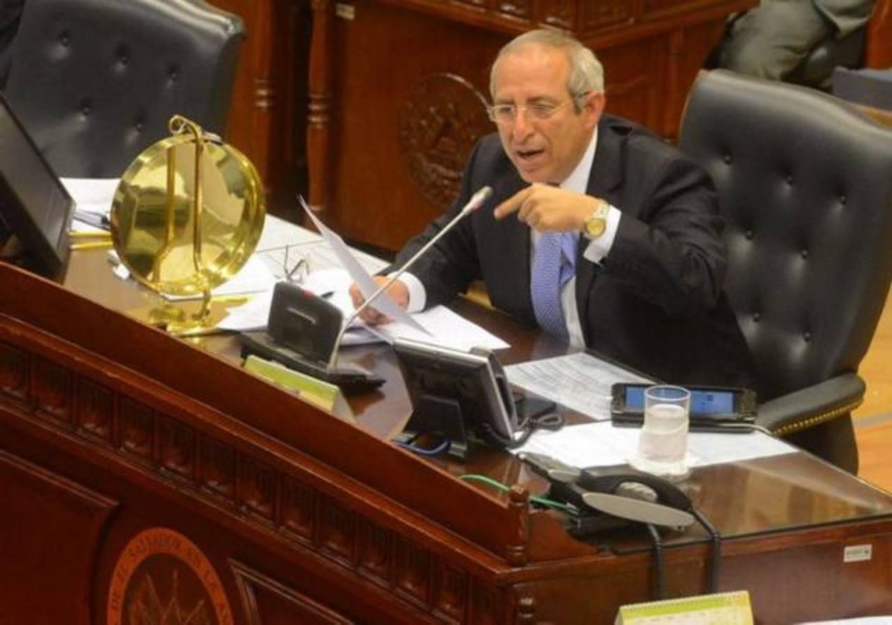 Sigfrido Reyes no podrá reelegirse como diputado
