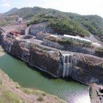 Los trabajos de construcción de la presa El Chaparral situada sobre el río Torola, en San Miguel, fueron suspendidos en septiembre de 2010 por supuestas irregularidades en el terreno. Foto EDH /