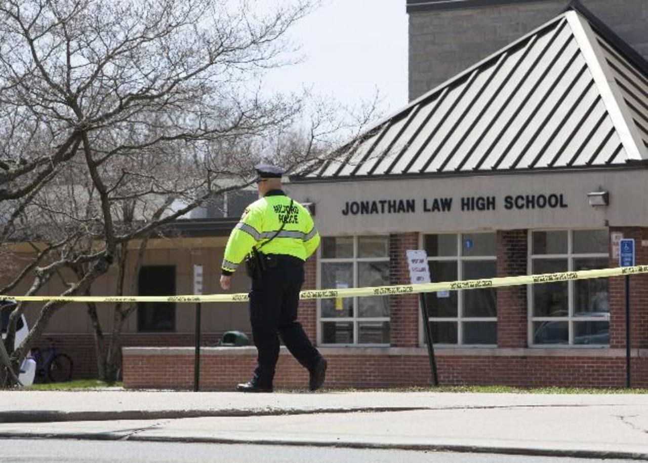 Matan a chica de 16 años que rechazó invitación a baile de graduación