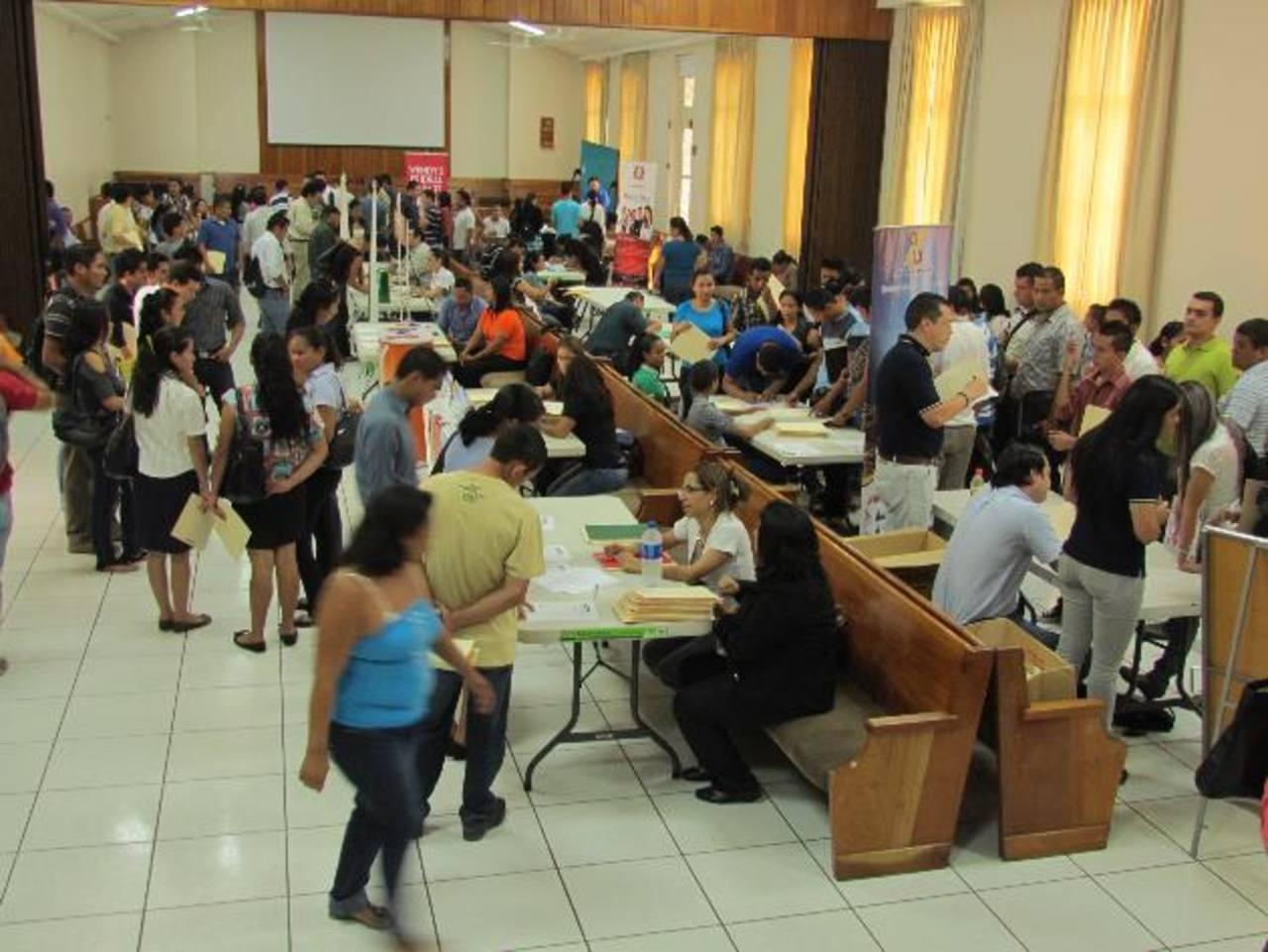 Los interesados deberán de llevar toda la documentación personas para ser presentada. foto edh / MAURICIO GUEVARA