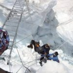 Alud en el Everest deja al menos 13 guías muertos