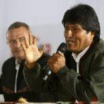 El presidente de Bolivia, Evo Morales, aprobó una ley que permite derriba avionetas sospechas de transportar cocaína.