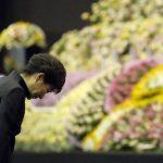 Presidenta de Corea del Sur ofrece disculpas a familias de víctimas de ferry hundido