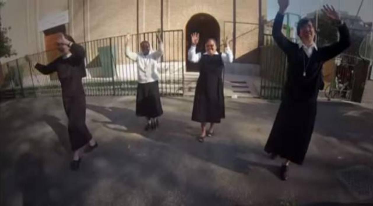 """Vaticano muestra su versión de """"Happy"""""""