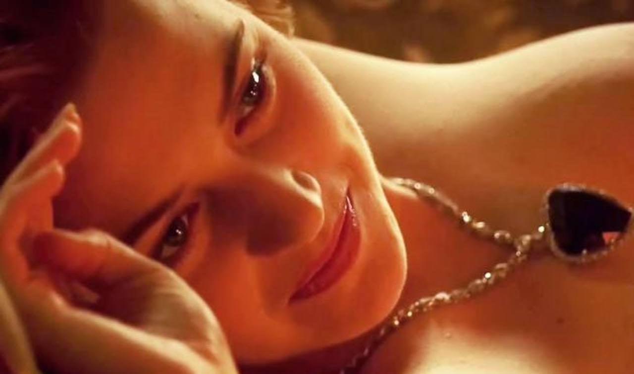 "Rose vive ""atormentada"" por desnudo en Titanic"